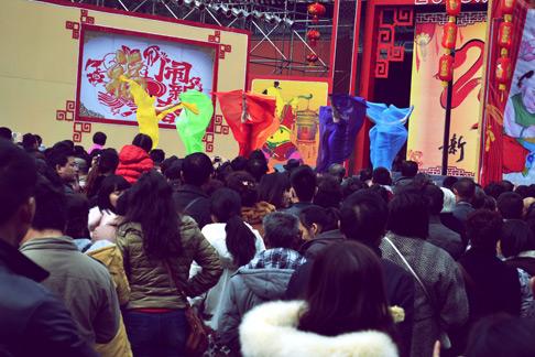 China travel blog: Chengdu stage performances at sichuan temple fair