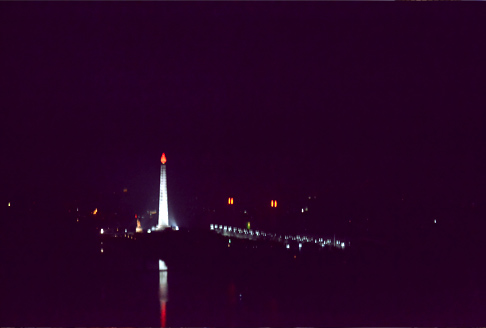 juche-tower-night