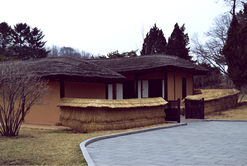 kim-il-sung-house-outside