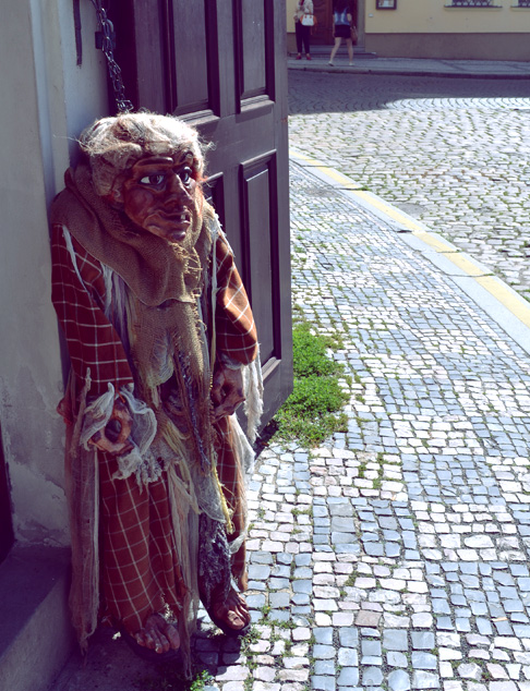 Indie Travel blog Prauge: Wicked Witch in Prague