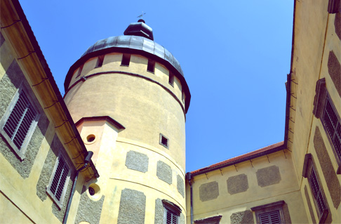 w-castle-cupola