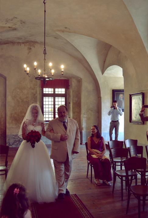 w-ceremony-bride
