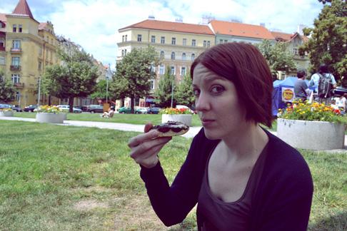 Expat Travel Blog: Breakfast Farmers Market in Prague
