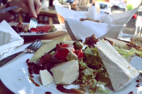 2-food-cheese-breakfast